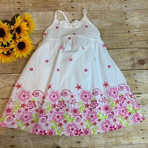 Girls floral dress by Babies R Us is NWT. Size 4t